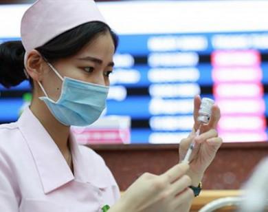 Người đã tiêm vaccine Sinopharm, Pfizer, Moderna mũi thứ 1 thì mũi 2 tiêm cùng loại