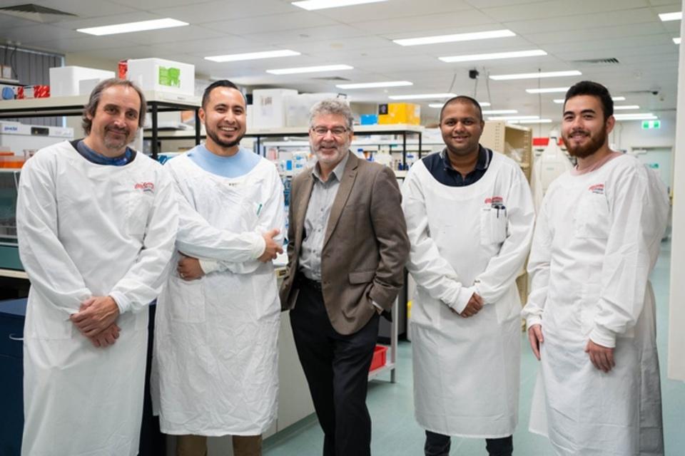 Australia thử nghiệm loại thuốc có thể tiêu diệt 99,9% virus SARS-CoV-2